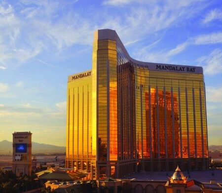MGM Grand and Mandalay Bay real estate to be sold to joint venture