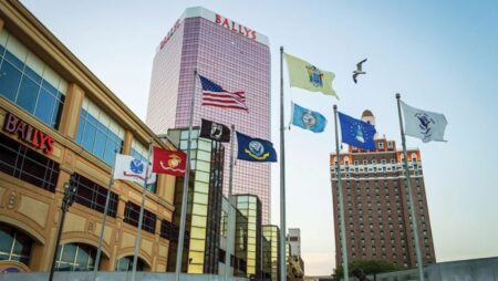 Twin River pays $180m three casinos from Caesars and Elorado